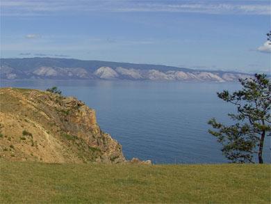 Приморский хребет, вид на Малое море