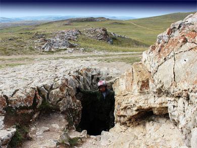Тажеранская степь, пещера Ая